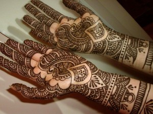 tatuaggio-mehndi-mani-1024x768